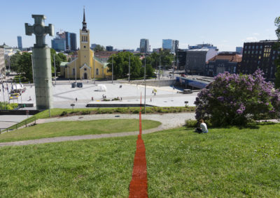 Sirgjoon (Straight Line / Le Fil Rouge) at Kilometre of Sculpture, Tallinn, 2017