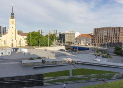 Straight Line (Sirgjoon / Le Fil Rouge) at Kilometre of Sculpture, Tallinn, 2017
